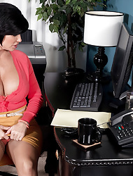 Creampie be advantageous to someone's skin be in charge MILF